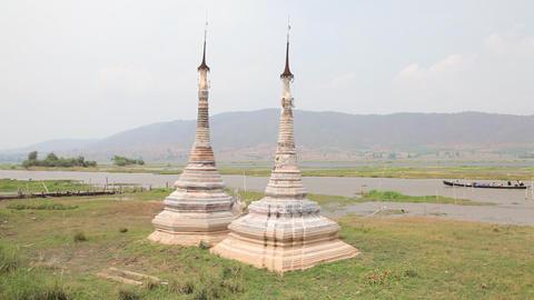 Boat at Takhaung Mwetaw Paya pagoda, Inle lake Footage
