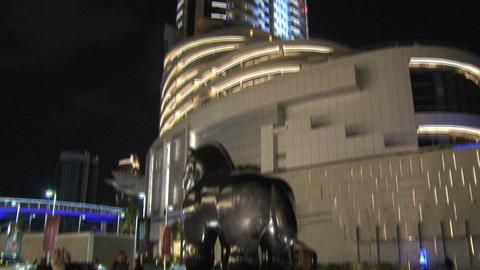 Horse statue near Dubai Mall tilt Stock Video Footage