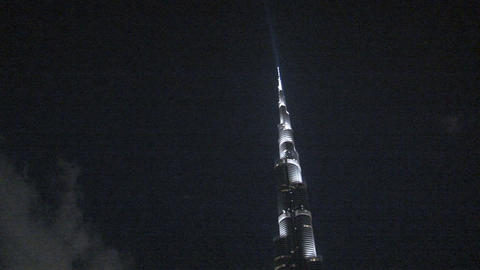 Burj khalifa tilt to water fountain Stock Video Footage