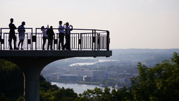 Pittsburgh Sightseers Footage