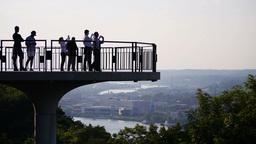Pittsburgh Sightseers Stock Video Footage