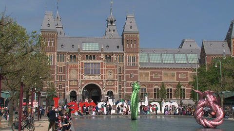 Tourists for the Rijksmuseum Footage