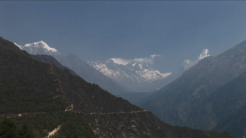Zoom into Mount Everest in distance Stock Video Footage