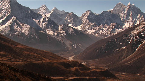 Zoom out from Himalayan peaks Stock Video Footage
