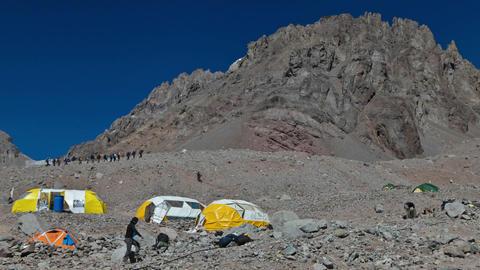 Aconcagua Time Lapse Plaza Argentina climbers climbing Footage