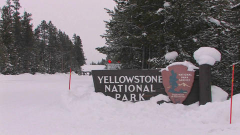 The entrance to Yellowstone National Park in winte Live Action