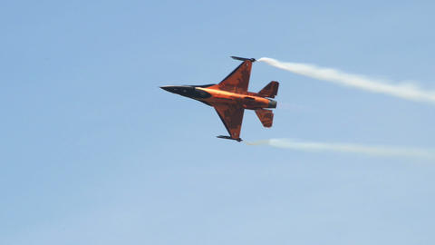 F 16 Figthing Falcon hard turn 10959 Stock Video Footage