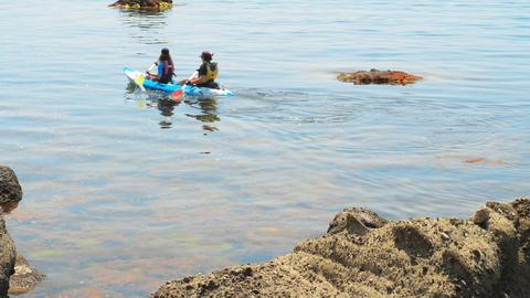 traveler kayaking in the Black sea from backward v Stock Video Footage