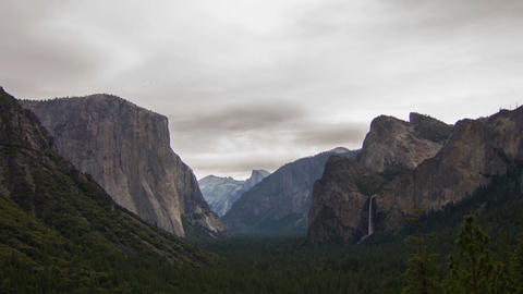 Cloudy Morning of Yosemite Valley Stock Video Footage