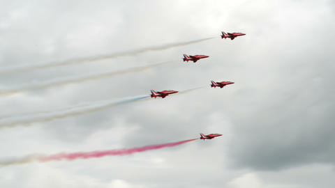 Red Arrows soloists flight encounter 10993 Footage