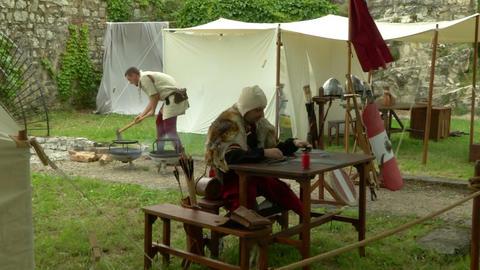 medieval encampment 13 e Stock Video Footage