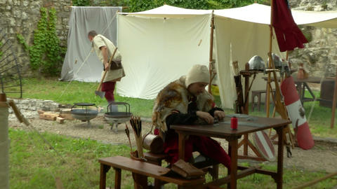 medieval encampment 13 e Stock Video Footage