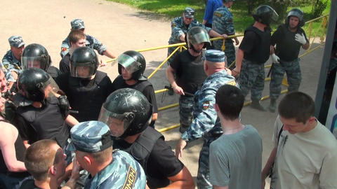 Police disperse people at the rally Stock Video Footage