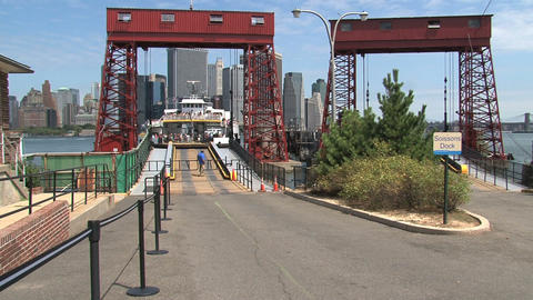 Ferry arriving at goverment island Stock Video Footage