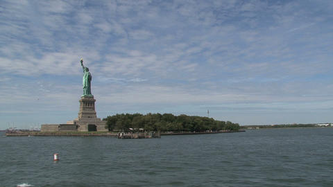 Leaving The Statue of Liberty Stock Video Footage