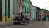 Colonial building, oldtimer, schoolchildren Footage