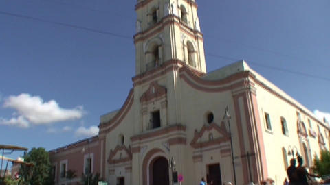 La Merced church tilt down Footage