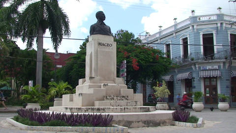 Statue of Maceo Footage