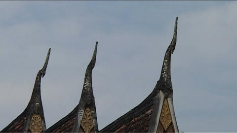 Luang Prabang Wat Xieng Thong temple, roof Stock Video Footage