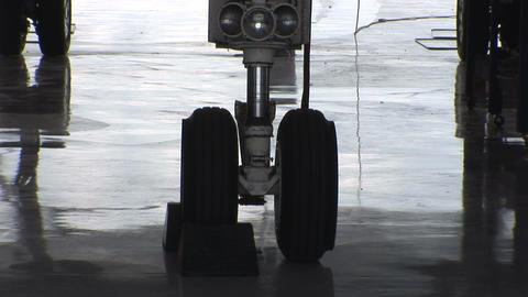 Landing gear Footage