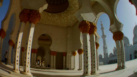 Fisheye pan to reveal the beautiful Sheikh Zayed M Stock Video Footage