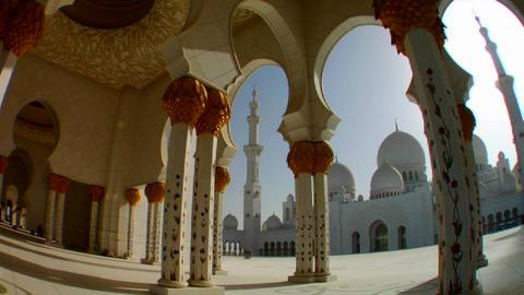 Fisheye pan to reveal the beautiful Sheikh Zayed M Stock Video Footage