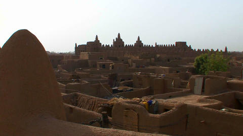 The famous mosque at Djenne, Mali Stock Video Footage