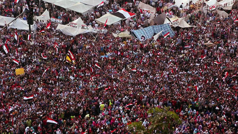 Protestors flood Tahrir Square in Cairo, Egypt Stock Video Footage