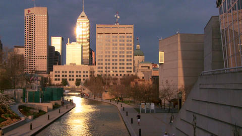 Wide shot of Indianapolis Indiana river walk at du Stock Video Footage