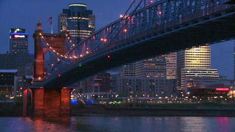 Night with the Cincinnati Ohio skyline background Stock Video Footage