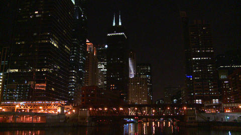A beautiful nighttime shot as the El train crosses Stock Video Footage