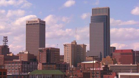 Clouds drift over the Omaha Nebraska skyline in ti Stock Video Footage