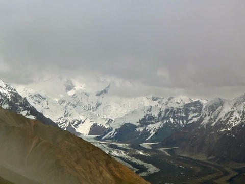 Clouds over glacier Inylchek. Kirgystan, central T Stock Video Footage