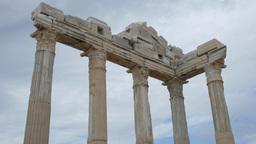 Greek columns, ancient ruins Stock Video Footage
