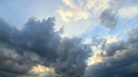 Rain clouds, rain starts Stock Video Footage