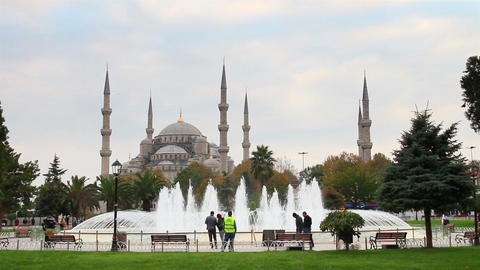 sultanahmet mosque and fountain in istanbul turkey Stock Video Footage