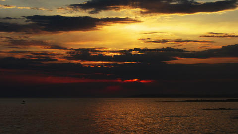 timelapse sunset with clouds over sea Footage