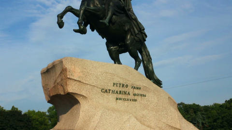 Peter 1 monument in Saint-petersburg, Russia Stock Video Footage