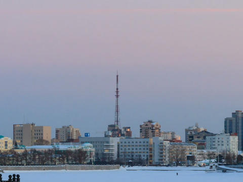 Approximation to the TV tower. Russia, Yekaterinbu Stock Video Footage