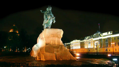 Peter 1 monument at night in Saint-petersburg, Rus Footage