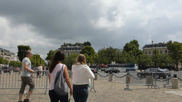 A busy road near The Arc de Triomphe, Paris(PARISA Stock Video Footage