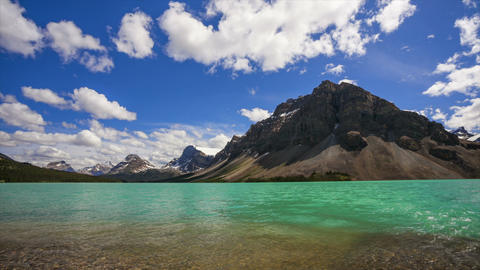 Bow Lake and Crowfoot Mountain, time lapse Stock Video Footage