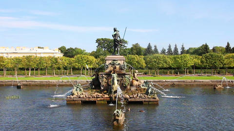 Neptune fountain in petergof park Saint-Petersburg Stock Video Footage