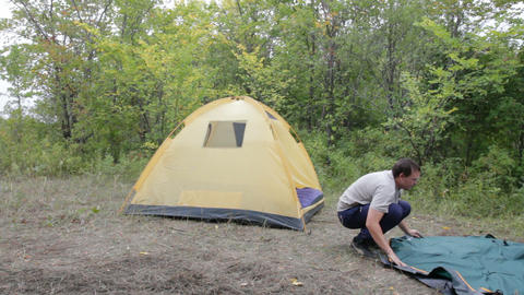 Two men removed a tent Footage