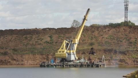 development sandpit with dredge - timelapse loopab Stock Video Footage