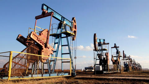 working oil pumps in a row Stock Video Footage