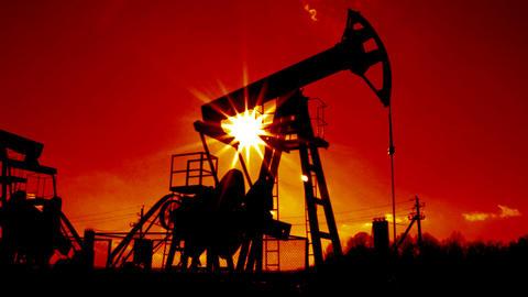 working oil pump loopable against sun Footage