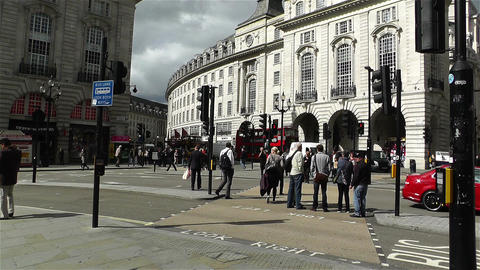Piccadily Circus London 11 handheld Footage