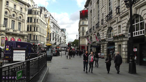 Piccadily Circus London 16 handheld Footage