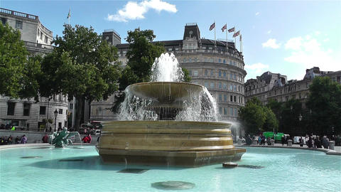 Trafalgar Square London 14 handheld Stock Video Footage